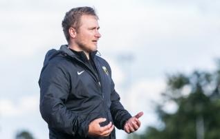 Võiduka Vapruse peatreener Midenbritt: nüüd tuleb suur pidu ja pillerkaar, Pärnu pannakse kinni