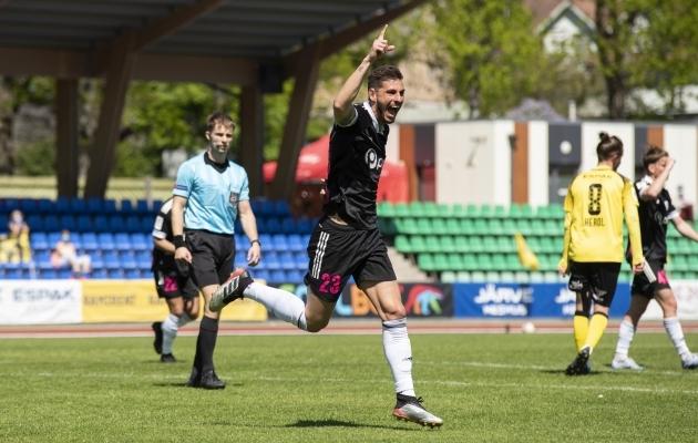 Nii saavad joosta vaid need, kes oskavad väravaid lüüa. Pedro Victor oskab. Foto: Liisi Troska / jalgpall.ee