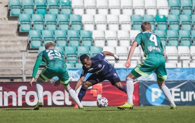 Paide alistati 4:1, aga edasi on Levadia vanker kraavi poole kiskunud. Foto: Jana Pipar / jalgpall.ee