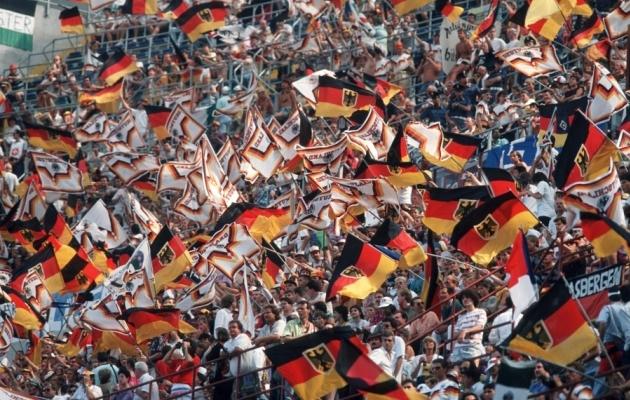 Saksamaa fänne oli 1990. aasta Itaalia MM-il väga palju. Foto: FIFA World Cup Twitter