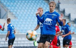 Kalevi poolkaitsja soovis klubist lahkuda ja siirdus Florasse  (esialgu U21 meeskonnas)
