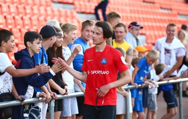 Aleksandr Zakarljuka - nii hea, et isegi vastaste fännid annavad plaksu. Foto: Seleri Tidor