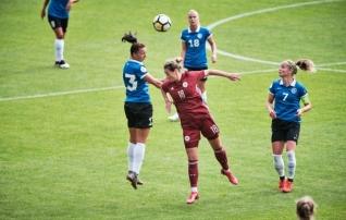 Jalgpalligeeniuse auhind anti ajaloos esmakordselt üle naiste koondise mängul