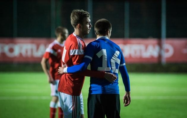 Meeste U19 koondis pidi novembris Iirimaal EM-valikturniiril osalema, ent need mängud lükatakse edasi. Foto: Jana Pipar / jalgpall.ee