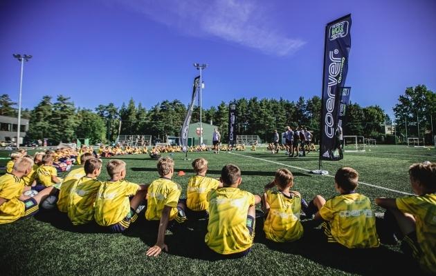 Männikul toimus möödunud nädalal esmaklassilisi treeningmetoodikaid kasutanud treeninglaager. Foto: FC Nõmme United / Mart Poomi Jalgpallikool