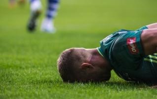 Pikk ette (ja ise järele) | Eesti jalgpall on kaelani pa*as, enam pole palju ruumi kukkuda