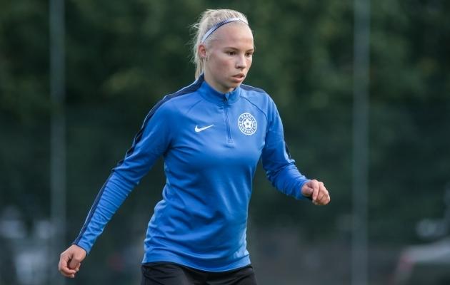 Eesti naiskonna pesamuna, 17-aastane kaitsja Sandra Liir. Foto: Jana Pipar / jalgpall.ee