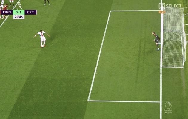 Crystal Palace'i penalti läks kordamisele, kuna David de Gea parem jalg oli õhus, mitte väravajoonel, nagu reeglid ette näevad. Foto: ekraanitõmmis