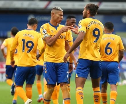 Üllatuslik liiga parim väravakütt hoiab Evertoni endiselt tipus