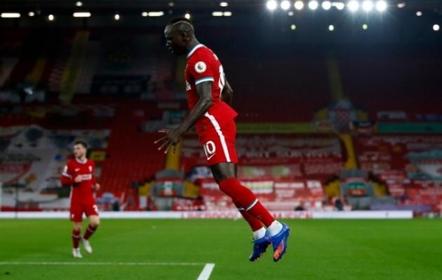 Sadio Mane teenis küll juba 3. minutil kollase kaardi, aga lõi 28. minutil Liverpooli avavärava. Foto: Premier League'i Twitter