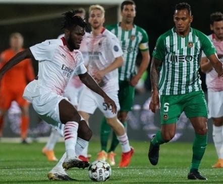 25 penaltit, koerailm ja neljakordne pääsemine: Milan pidas Euroopa liigas pöörase lahingu