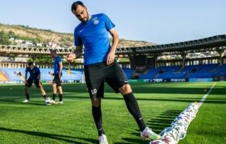Zenjov naasis vigastuspausilt, kuid kaotas