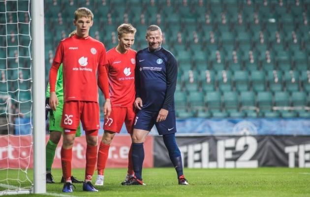 Zeniti vedaja Toomas Wilson (paremal) nautis mängust iga hetke. Foto: Jana Pipar / soccernet.ee