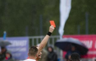 Õnnetu näpuviga röövis Eesti kolmanda liiga meeskonnalt liigatiitli