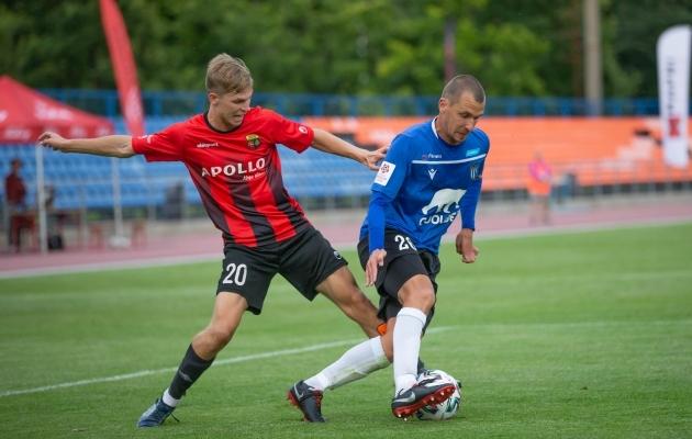 Kevin Mätas (vasakul) on hetkeseisuga Esiliiga kõige täpsema jalaga mees. Foto: Raido Kull
