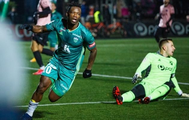 Gando 81. minuti värav otsustas kohtumise FCI Levadia kasuks. Foto: Oliver Tsupsman