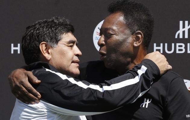 Diego Maradona ja Pele. Foto: Scanpix / Patrick Kovarik / AFP