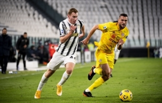 Cagliari kaitseliini raudvara pikendas klubiga lepingut