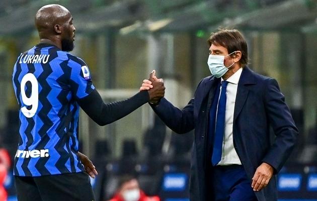 Milano Interi edasipääsuvõimalused ei ole kadunud. Koduväljakul tuleb Donetski Šahtar alistada, aga isegi siis võivad itaallased kaheksandikfinaalist välja jääda. Foto: Scanpix / Miguel Medina / AFP