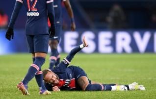 Neymar naasis treeningutele, kuid superkarikas osalemine küsimärgi all
