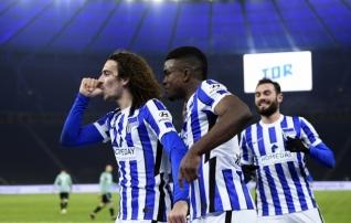 Uus treener, vanad mured: Arsenali laenumehelt iluvärav ja Schalke negatiivne rekord on vaid ühe mängu kaugusel