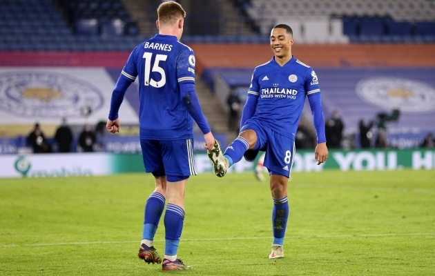 Harvey Barnes ja Youri Tielemans. Foto: Scanpix / Alex Pantling / Pool / Reuters