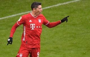 Lewandowski järjekordne rekord käristas Bayerni edu suuremaks