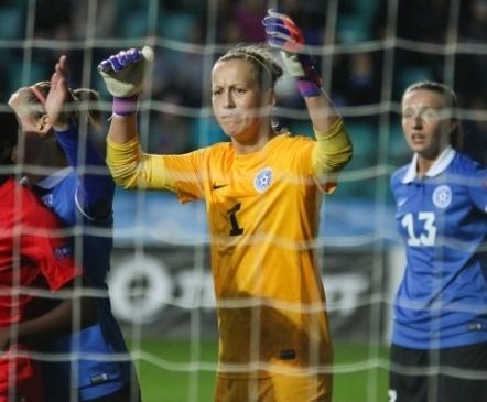 Flora treeneritega liitub Eesti naiskonna pikaajaline väravavaht