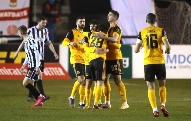 Wolvesi mängijad tähistavad kohtumise ainsaks jäänud väravat. Foto: Scanpix / PA Wire / PA Images / Martin Rickett