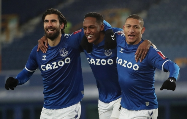 Everton ründeliin sai esiliigaklubi vastu mõnuga lustida, kampa võeti ka keskkaitsja Yerry Mina. Foto: Scanpix / Reuters / Molly Darlington