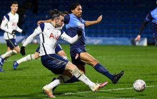 Bale tänas usalduse eest, aga Mourinho pidi lõpuni küüsi närima