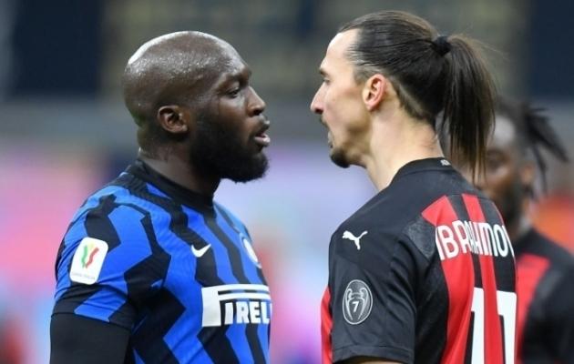Romelu Lukaku ja Zlatan Ibrahimovic läksid raksu. Sõnelusest pikema kõrre tõmbas belglane. Foto: Scanpix / Daniele Mascolo / Reuters