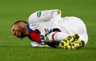 Neymar vihastas: ei tea, kui kaua ma suudan veel pilkeid taluda