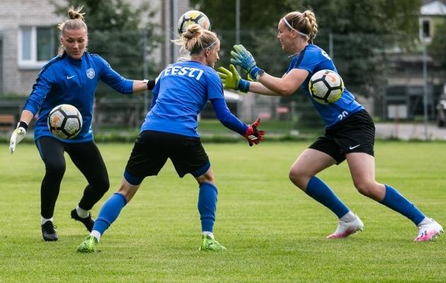 Getriin Strigin (vasakul) ja Karina Kork (paremal) suvisel koondise treeningul. Foto: Brit Maria Tael