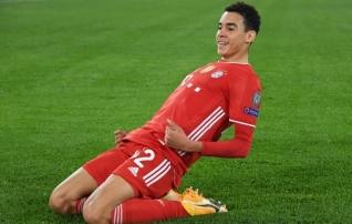Inglismaa koondisele Saksamaad eelistanud noormees sõlmis karjääri esimese profilepingu