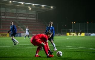 Jalgpalliliit astus traditsioone täites revolutsioonilise sammu