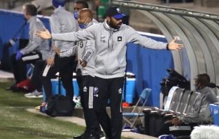Henry astus perekondlikel põhjustel MLS-i klubi eesotsast tagasi ja naaseb Londonisse