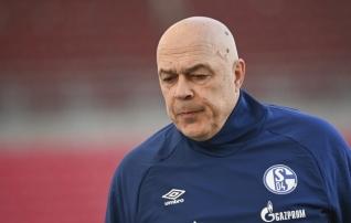Schalke purustab hämmastavaid rekordeid: meeskonna etteotsa saab juba viies peatreener, kinga sai suurem seltskond