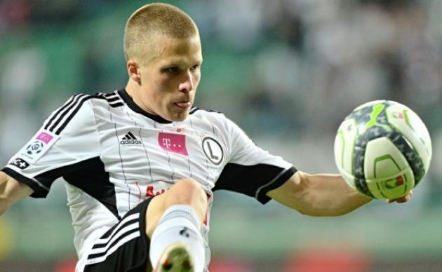 """Pahapoiss"" Henrik Ojamaa Legia särgis. Foto: legia.com"