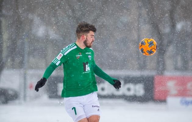 Levadia väravatele eeltöid teinud Liivak: selline tunne, nagu oleks jälle 13 ja saad pärast kooli lume sees jalgpalli mängida