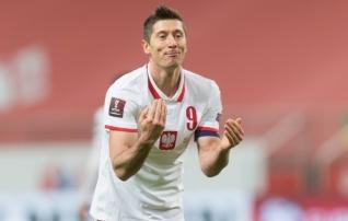 Karm hoop Poolale ja Bayernile: Lewandowski sai vigastada