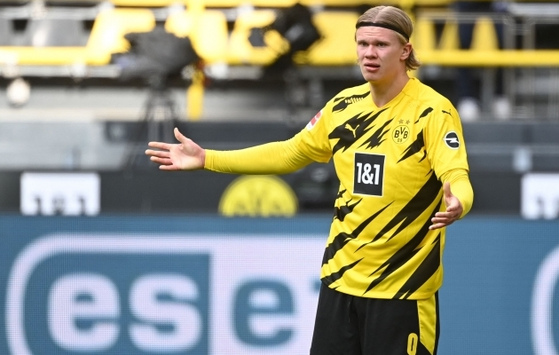 Dortmundi Borussia ründaja Erling Braut Haaland on duellis Manchester Cityga oma meeskonna ainuke lootus. Foto: Scanpix / AFP / Ina Fassbender