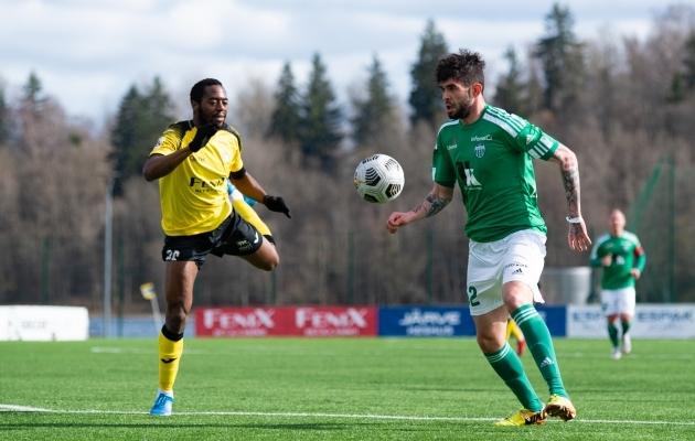 Arcenciel Mintongo (vasakul, mängus Levadiaga) maksis seekord tormakusele valusalt lõivu. Foto: Liisi Troska / jalgpall.ee