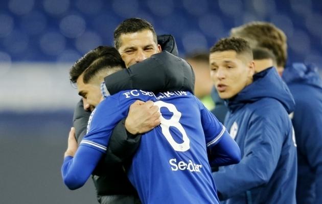 Schalke võiduvärava lõi Suat Serdar. Foto: Scanpix / Leon Kuegeler / Pool / Reuters