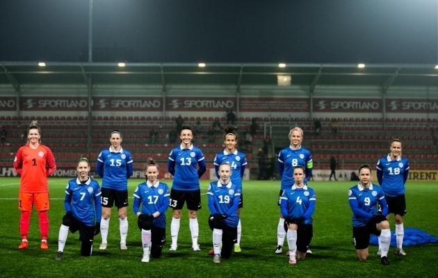 Eesti naiskond enne veebruaris Sportland Arenal peetud EM-valikmängu Sloveeniaga. Foto: Brit Maria Tael