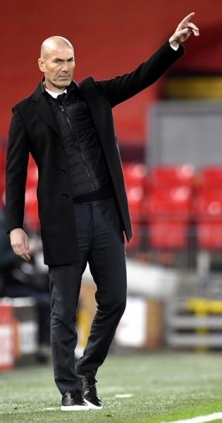 Madridi Reali peatreener Zinedine Zidane. Foto: Scanpix / EPA / Peter Powell
