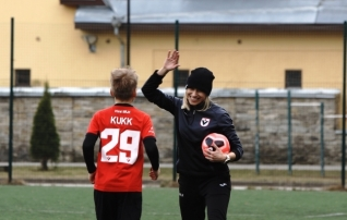 Eesti läbi aegade parim ründaja kodumaal mängimisest: kõva tööga saab ka sinises särgis võita ükskõik keda