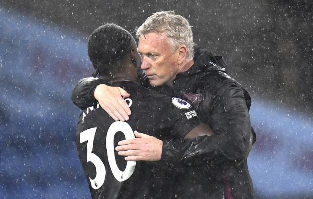 Kaks väravat löönud Michail Antonio ja West Hami peatreener David Moyes. Foto: Scanpix / Peter Powell / EPA