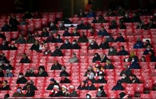 Inglismaal lubatakse viimasteks voorudeks publik staadionitele, ent külalisfännid jäävad pika ninaga