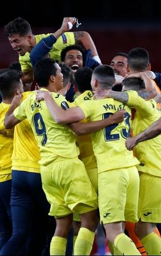 Villarreali rõõmupidu Emiratesi staadionil. Foto: Scanpix / AFP / Adrian Dennis